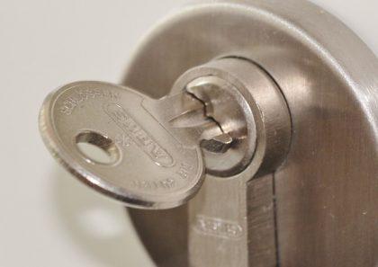 skift låsen